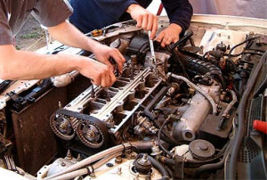 Engine Car Repairs | Walker Cutting