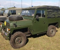 Lightweight Green Land Rover | Walker Cutting Rotherham